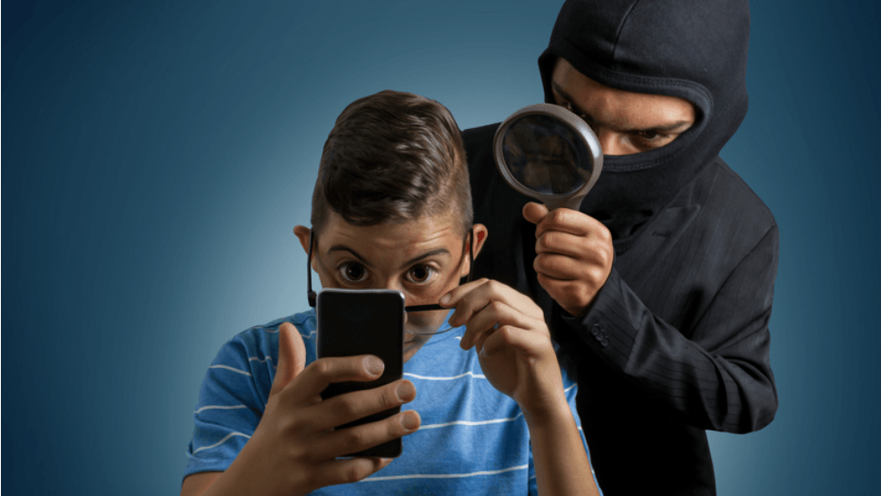 Why to Use Phone Spy Tool to Protect Your Children